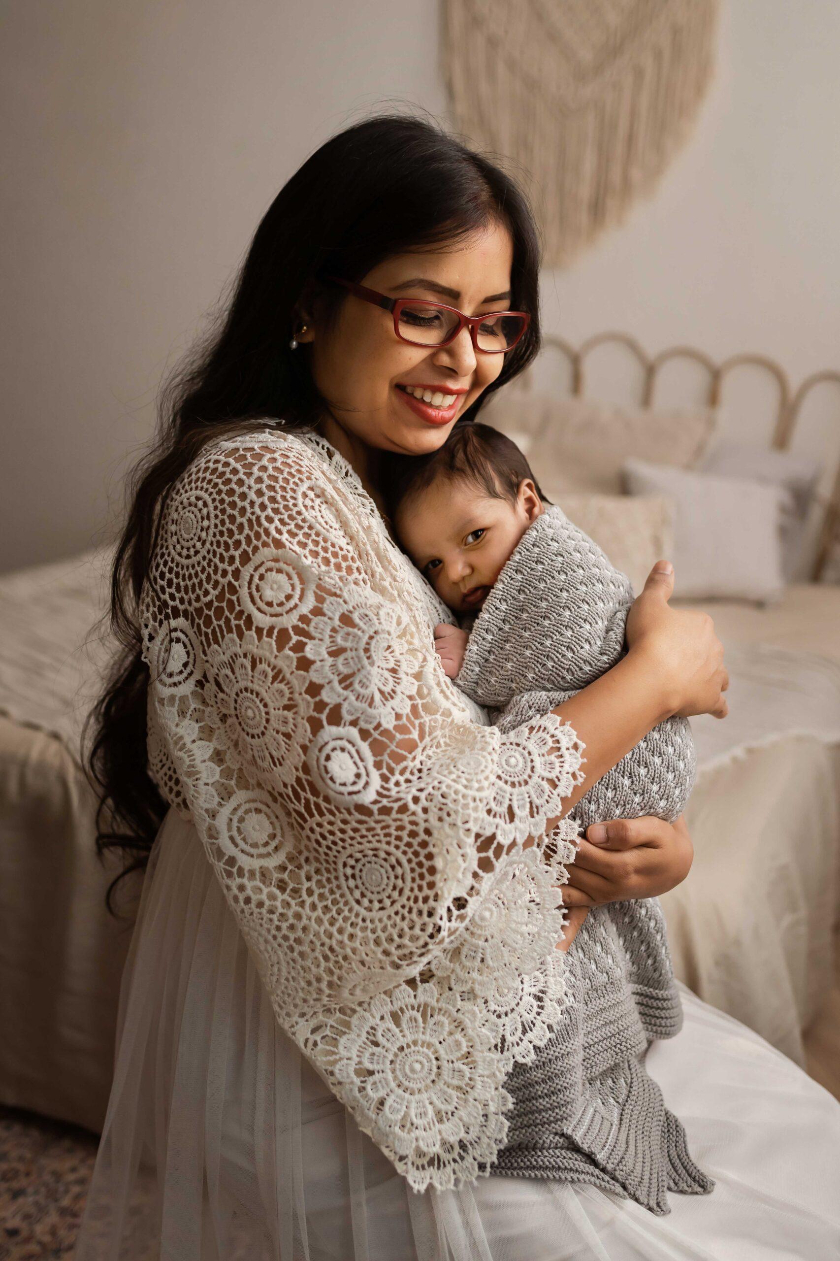 Anav newborn photographer arnhem